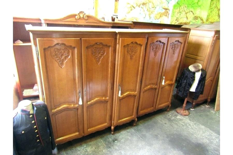 Why a Wood Jewelry Armoire?