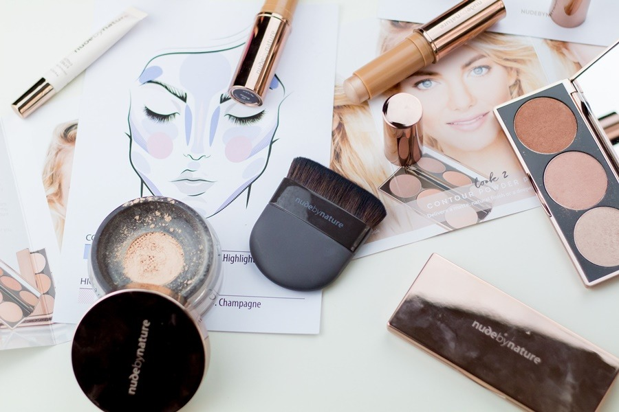 How you can Apply Mineral Cosmetic Foundation Step-by-Step