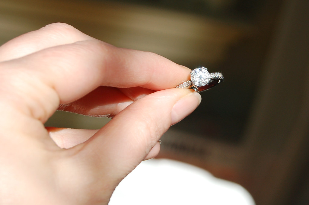 Things to consider when going to buy diamond ring for your engagement?